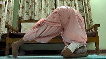 தமிழ்நாட்டின் 100 வயது 'யோகா பாட்டி'