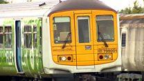 英国氢能源火车下线测试