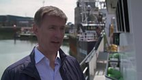 Hunt: Johnson 'ducking' important questions