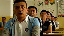 Menelusuri kamp 'de-radikalisasi' Muslim Uighur di China