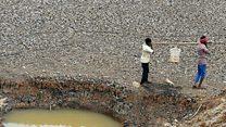 انڈیا میں پانی کا بہران، پجاریوں کی بارش کے لیے پوجا