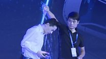 Man pours water on Baidu chief