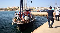 New migrant ship docks in Italy