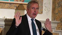 پلیس لندن تحقیق درباره ایمیلهای لو رفته سفیر بریتانیا را آغاز کرد.