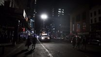 Power cut plunges New York into darkness