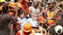 मुंबई: इमारत ढहने के दूसरे दिन भी रेस्क्यू ऑपरेशन