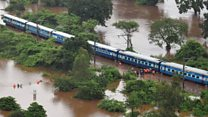 Hundreds of passengers rescued from stranded train
