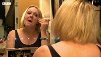 Упознајте жену која за различите прилике ставља другачији нос