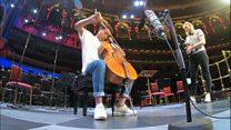 نوازنده جوانی که پلههای ترقی را دو تا یکی بالا میرود
