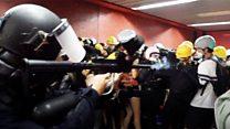 Гонконгские протесты спустились в метро