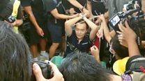 """付国豪事件:香港机场示威者""""公审""""大陆男子的来龙去脉"""