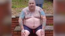 Man loses 14 stone after refusing doctors' help