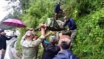 हिमाचल में भारी बारिश के बाद भूस्खलन और बाढ़