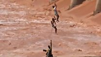 Fishermen rescued from flooded river in India