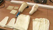 بازیافت بطریهای پلاستیکی برای ساخت پای مصنوعی در هند
