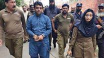 'ایک عورت کی سرعام بے عزتی پورے پاکستان کی عورتوں کے بےعزتی ہے'