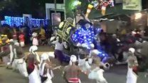 Sri Lanka elephant runs amok in parade