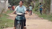 Hiệu trưởng 'siêu nhân' dạy đủ thứ ở Campuchia