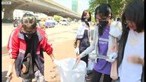 'Nhặt rác là việc làm có ý nghĩa'