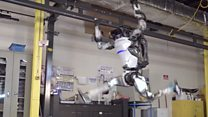 Gymnastic robot smoothly twists and somersaults