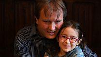 دختر نازنین زاغری نزد پدر بازگشت؛ مادرش همچنان در حبس