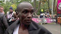 !ماراتن زیر دو ساعت؛ دونده کنیایی رکورد را دو دقیقه جابجا کرد ولی ثبت نشد