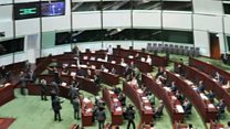 ဟောင်ကောင် လွှတ်တော်အတွင်းက နိုင်ငံရေး အံတုမှု