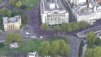 Tens of thousands gather in London for People's Vote march