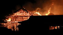 Японский замок Сюри до и после пожара. Видео