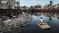 Bocah Filipina bertaruh nyawa mendulang uang di sungai tercemar