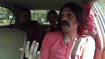 """""""سائق تاكسي مثلي"""" في مصر يثير ضجة بفيديوهاته"""