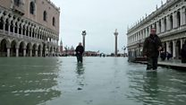 Italy floods: High tides in Central Venice
