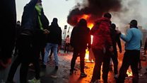 مشاهد عنيفة في احتجاجات الإيرانيين ضد ارتفاع أسعار الوقود