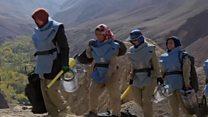 અફઘાનિસ્તાનમાં 'લૅન્ડ માઇન્સ' હટાવતી સાહસિક મહિલાઓ
