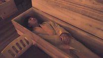 هل فكرت يوما في حضور جنازتك؟
