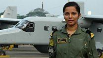भारतीय नौदलाची पहिली महिला पायलट शिवांगी सिंगची गोष्ट