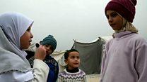 طفلة سورية ترصد معاناة النازحين