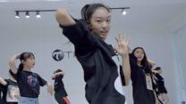 中国练习生培训班:如何打造一名流行偶像