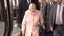 Queen travels by train to Norfolk for Christmas