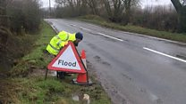 Flood warden warns about driving through water