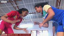 आंध्र प्रदेशातल्या आदिवासी मुलींना शिकतायत कुस्ती