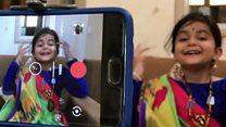 Упознајте петогодиша јутјуберка засмејава пратиоце