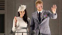 لماذا تنازل الأمير هاري وزوجته عن مهامهما الملكية؟