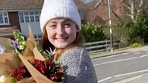 Young florists donate flowers to retirement home