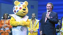 Mamma Mia gala performance for BBC Children in Need: Sir Terry and Pudsey appear on stage