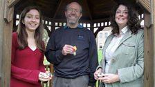 Erin Park, Mìcheal MacAoidh agus Anne Alexander
