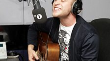 Olly Murs covers Paolo Nutini and Enrique Iglesias!