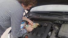 I'm no mechanic... - 23 Mar 09