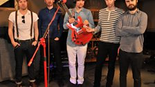 Kaiser Chiefs live in session - 1