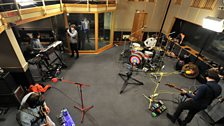 Kaiser Chiefs live in session - 8